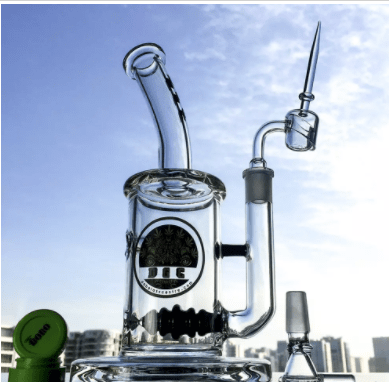 Mid sized Percolator Dab Rig