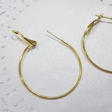 6pc Gold Earring Hoops