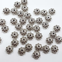 40pc Flower Spacer Beads