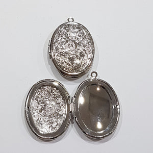 Silver Floral Oval Locket