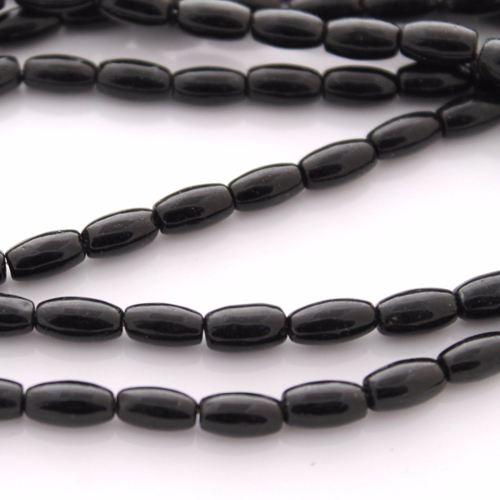 40pc Black Rice Glass Beads