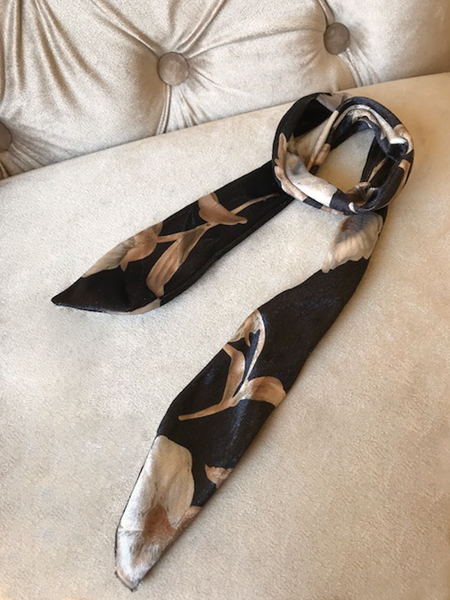 VELVET BLACK BOW SCARF