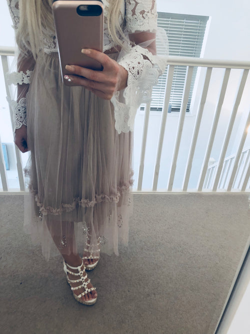 Nude Layer Skirt with Pearls