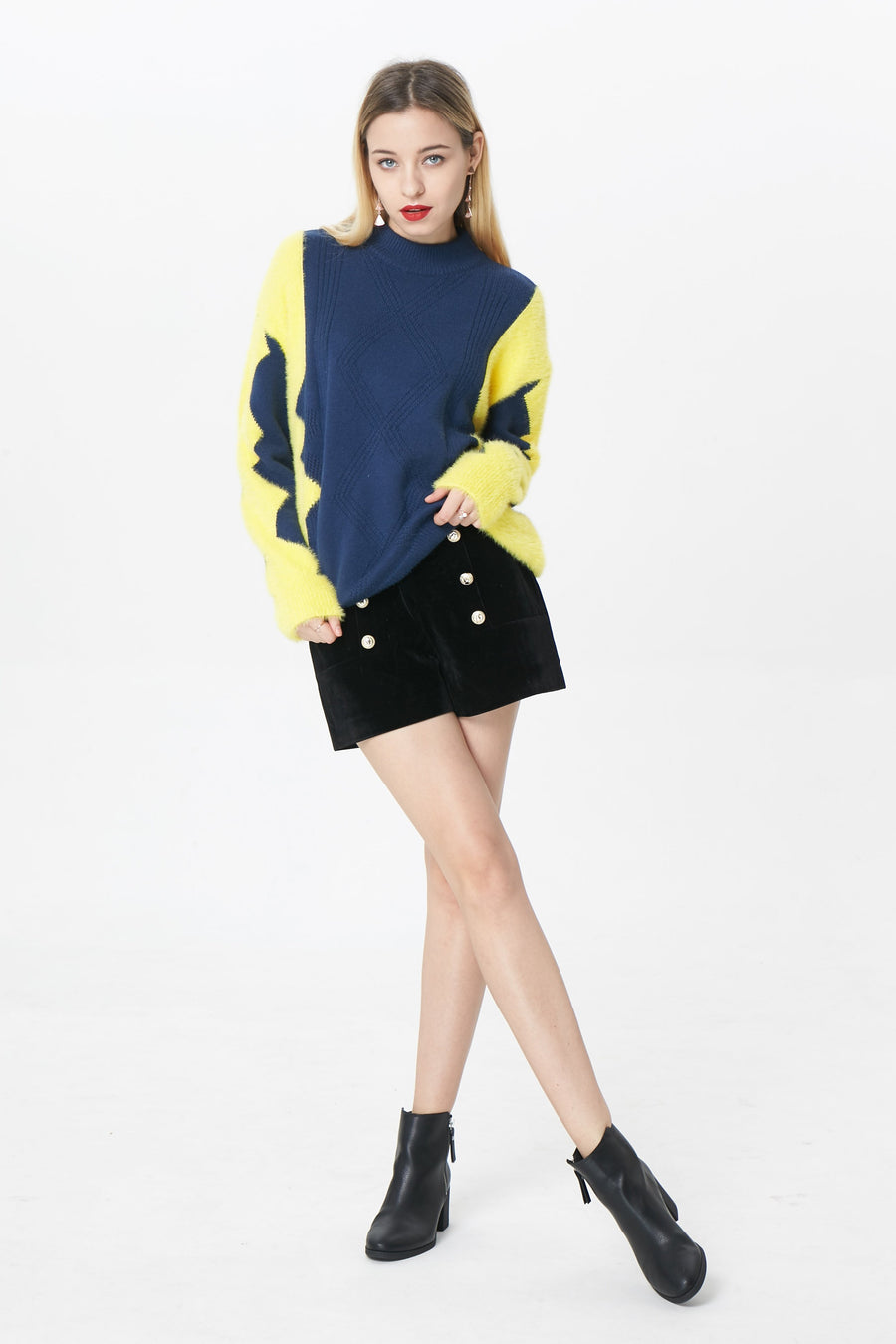 RIA Knitswears Taylor contrast pullover