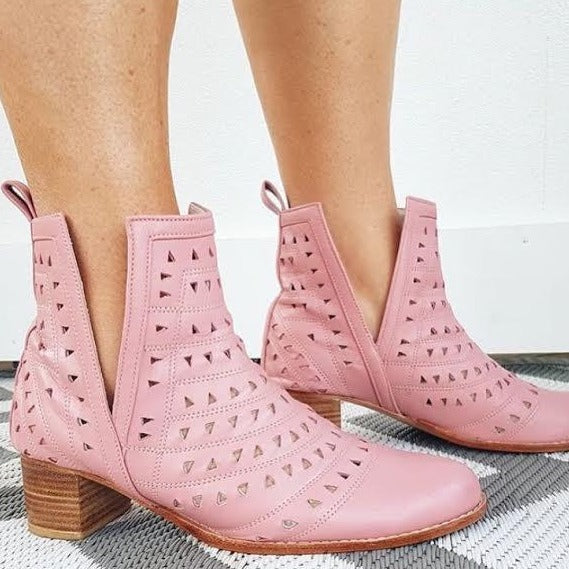 Nic Cut Out Boot - Musk Pink