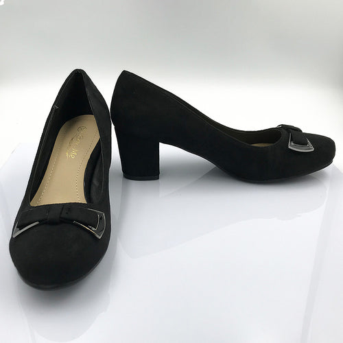 Closed Block Heel Shoe With Bow