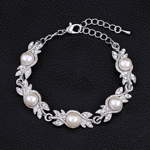 Charming Pearl Bracelet Leaf/Floral Design With Long Link
