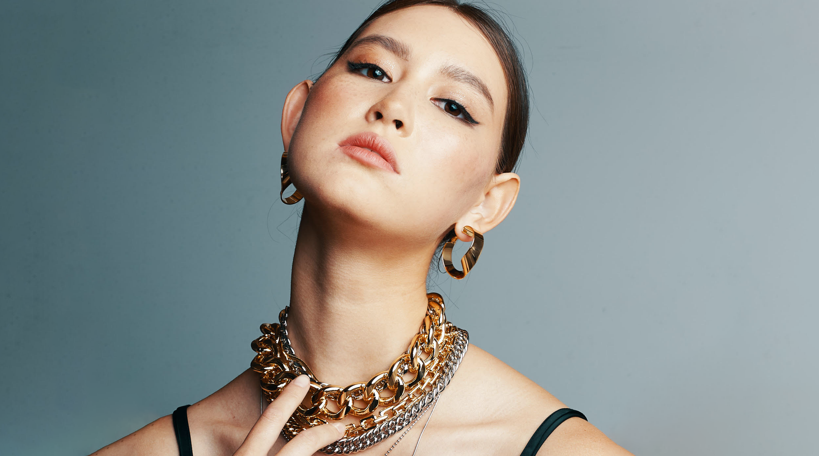 The revival of the chunky chain jewellery trend big size Thumbnail | OLIVIA NZ Store online