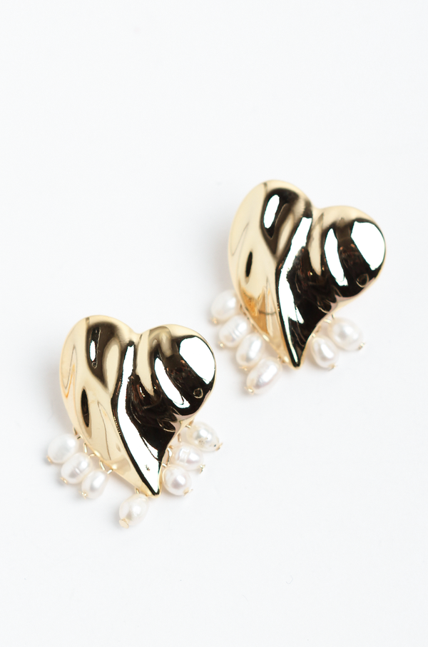 Remy Heart Pearl Earrings - OLIVIA NZ