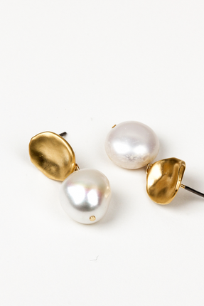 OLIVIA NZ Store online | Bessie Pearl Stud Earrings