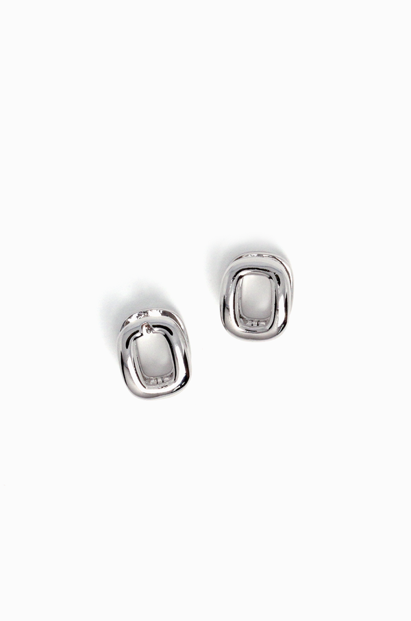Supream Huggie Earrings / Silver