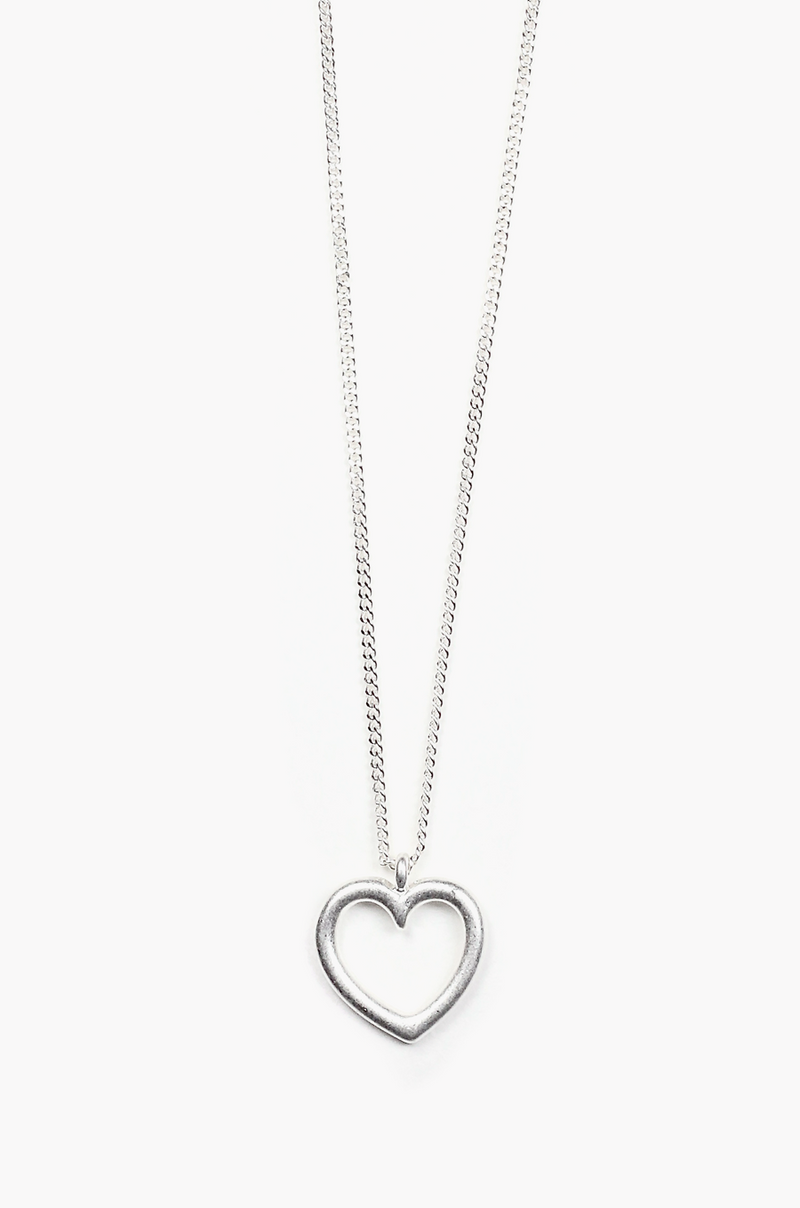 Heart Line Necklace / Silver