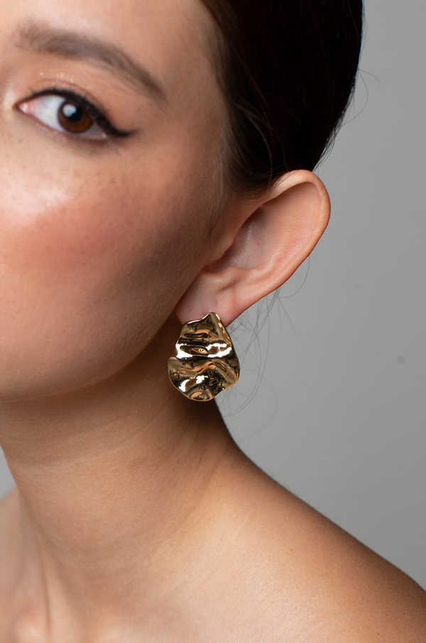 Sonya Earrings / Gold