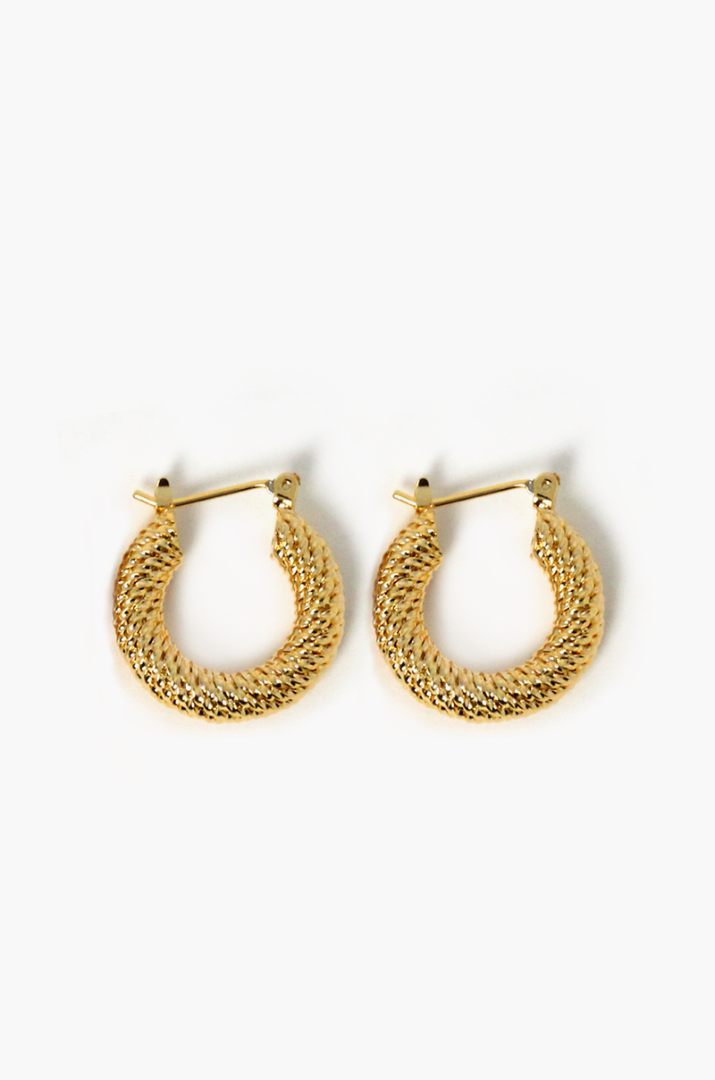 Willy Hoop Earrings / Gold