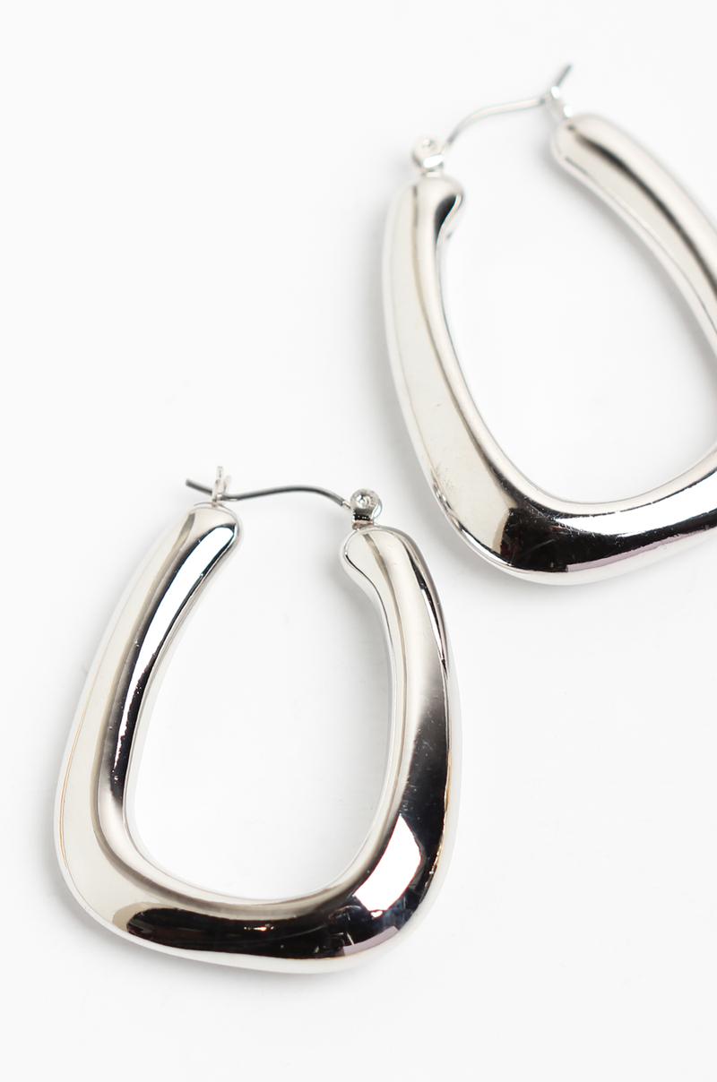 Harlow Earrings / Silver - OLIVIA NZ