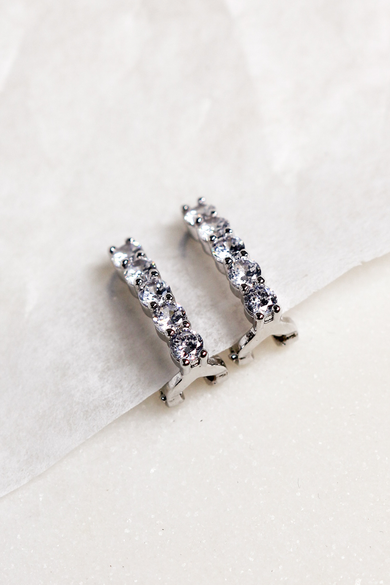 OLIVIA NZ Store online | Trinity Clip Earrings / Silver
