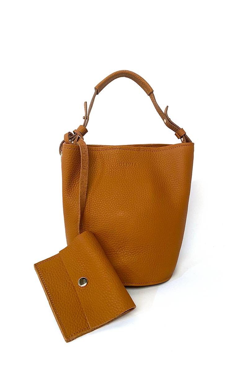 Kira Leather Bucket Bag / Brown