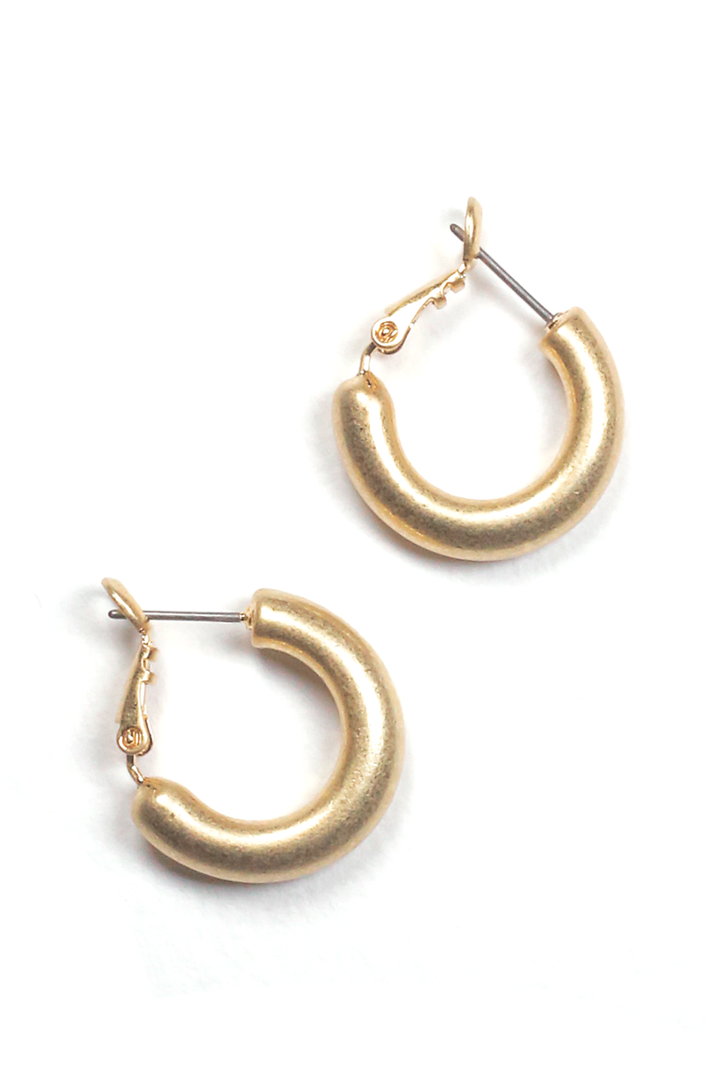 Lennon Hoop Earrings / Matte Gold