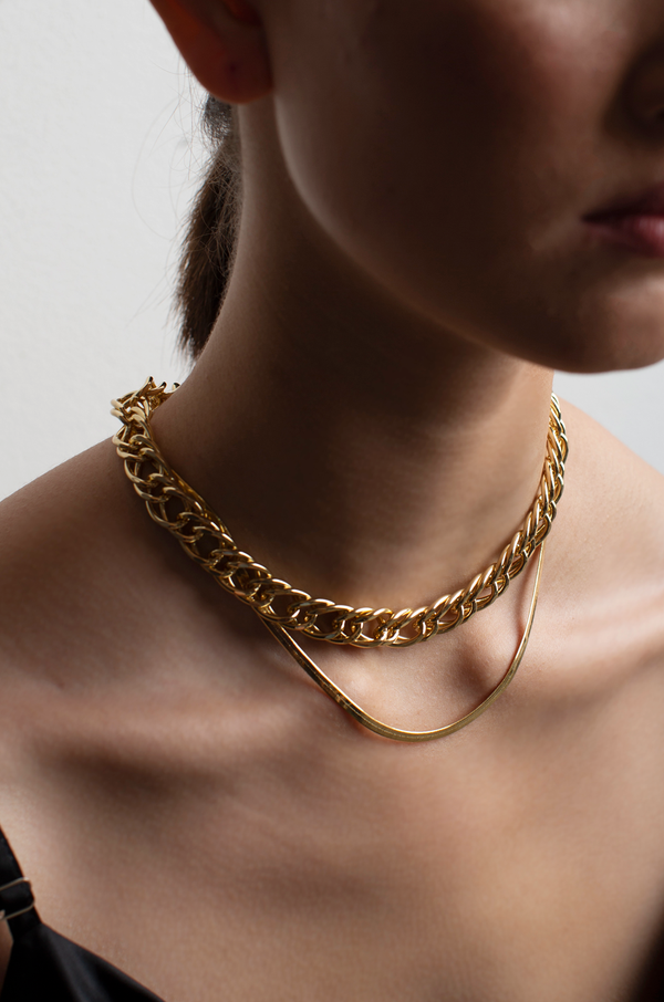 Crimson Chain Layered Necklace / Gold