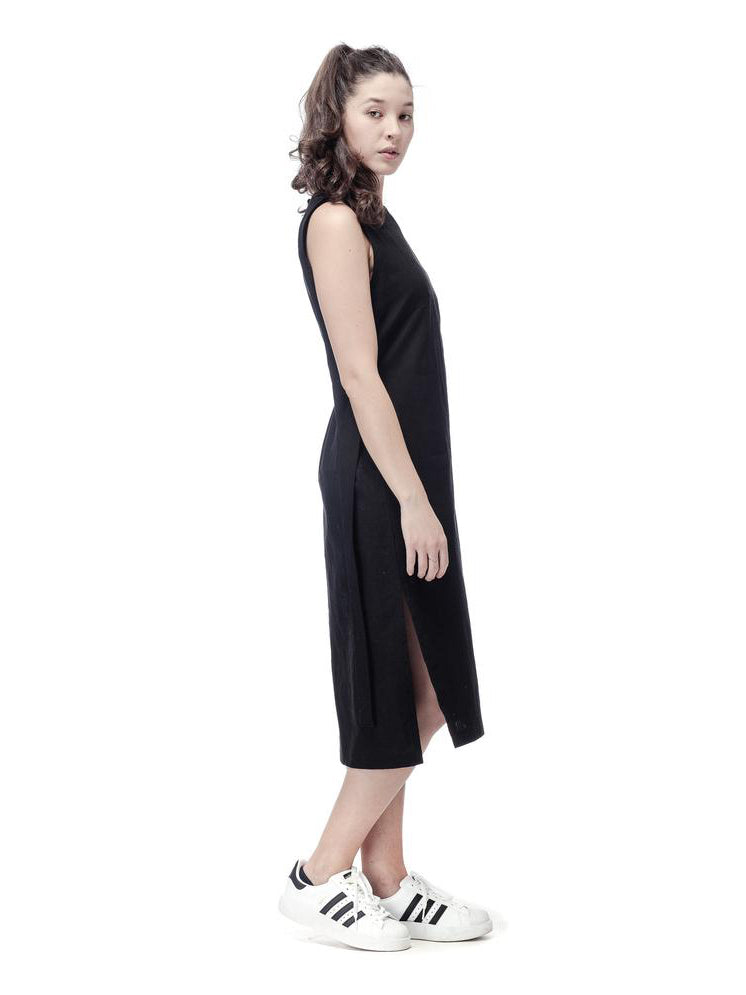 Minimal linen dress. Made in Slovenia.