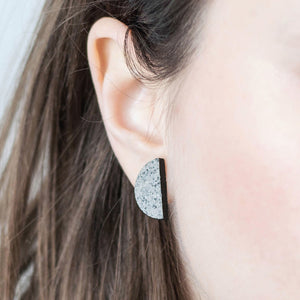 Minimal earrings no.1 | stone. Made from wood and silver.
