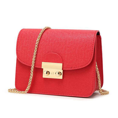 Chain Handle Special Occasion Shoulder Bag