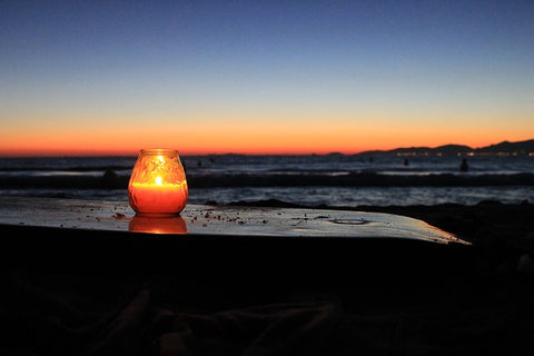 tropical island sunset candle