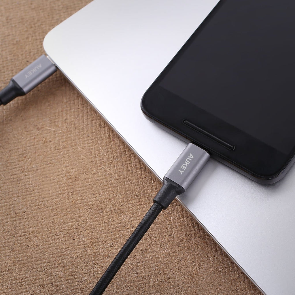 AUKEY CB-CD5 1M USB C To USB C Quick Charge 3.0 Braided Nylon Cable