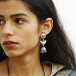 Chaand Earrings In Silver