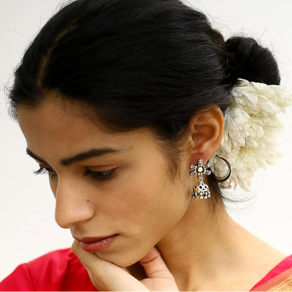 Katthak Jhumki Earrings In Silver