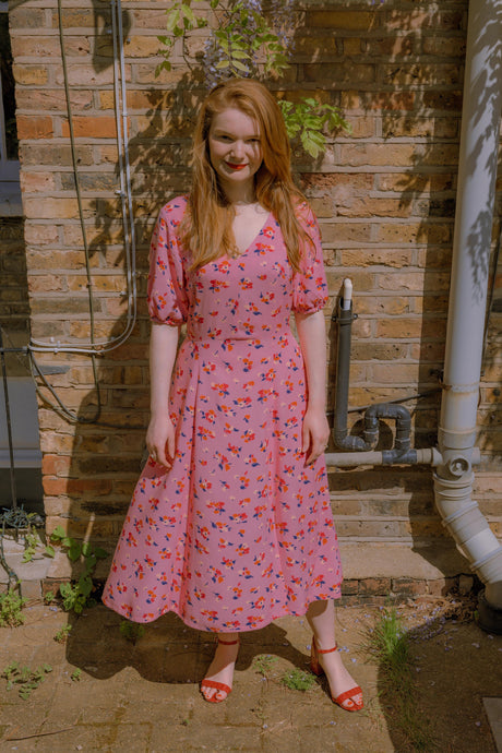 A Floral Viscose Summer Dress: Vogue 9328