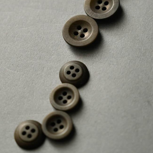 Khaki 14mm Corozo Button - Merchant and Mills - Haberdashery & Tools - Merchant and Mills - Sew Me Sunshine