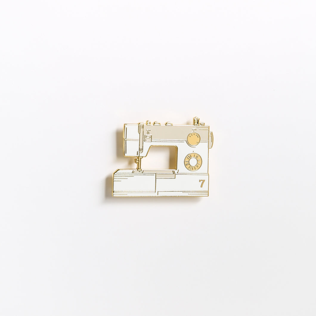 The Sewing Machine - Enamel Pin - The Trendy 7