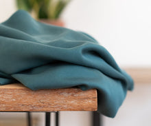 Emerald - Smooth Drape Twill with TENCEL™ fibres - meetMILK