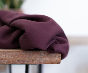 Maroon - Smooth Drape Twill with TENCEL™ fibres - meetMILK