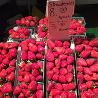 Strawberries (1 basket)