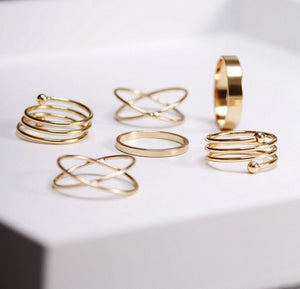 Leo Womens Stackable Ring set Gold