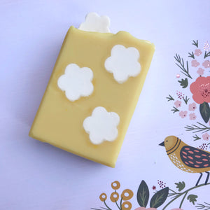 Dandelion and Honey Soap - Amazing Soap Company