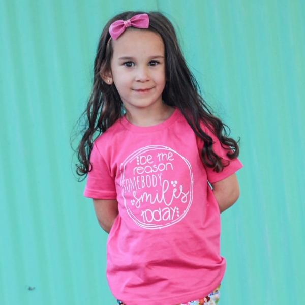 Be the Reason Somebody Smiles Today  - Kids Tee