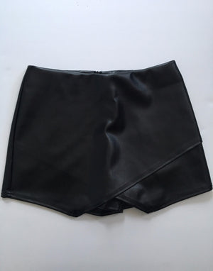 Easton Envelope Leather Skort