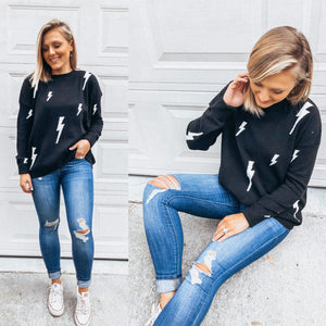 Thunderbolt Sweater- Black and White
