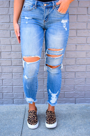 Aspyn Distressed Frayed Skinny Jeans