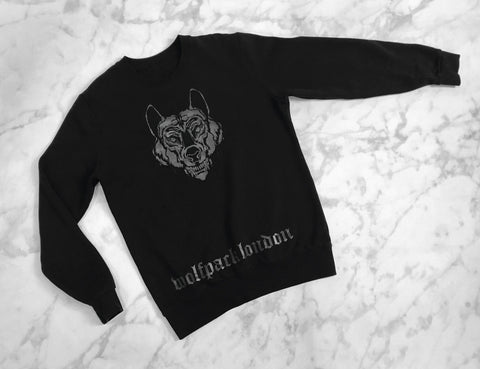 black 3M wolf jumper
