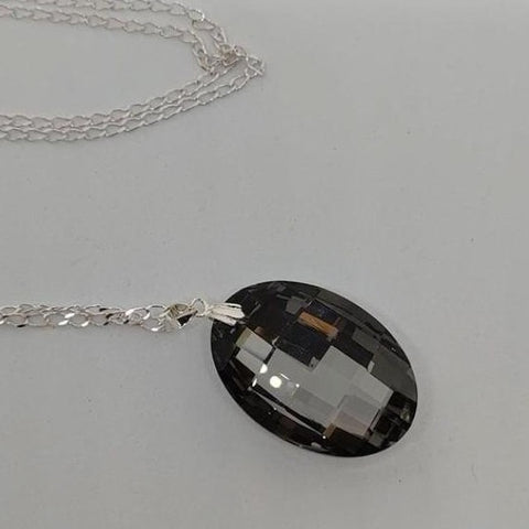 Black Oval Pendant Crystal Necklace
