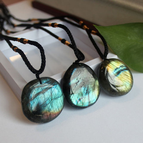 Natural Labradorite Moonstone / Sunlight Shaped Energy Stone Necklaces