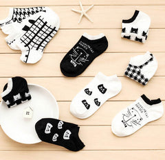 5 Pairs Black & White Cool Cat Short Socks