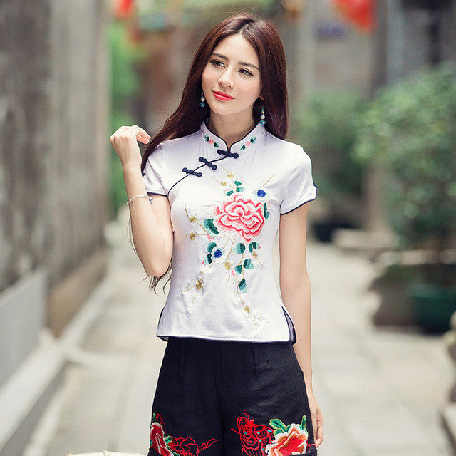 2017 5XL Body Tops Tee Women Blusas Embroidery Cotton Woman Clothing