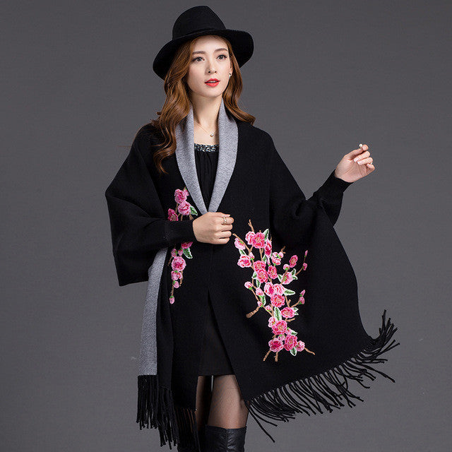 2016 Vintage Poncho Women Bawting Sleeve Flower Embroidery Plus Size