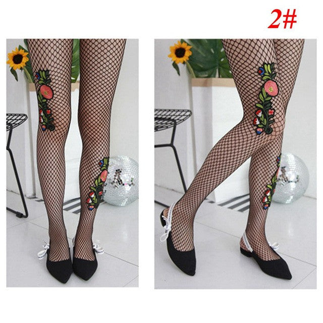 1Pair 2017 Hot Fashion Women Flower Embroidery Patch Hollow Out Net