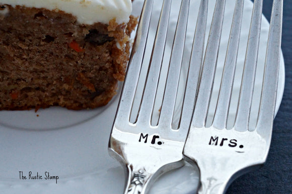 Mr. & Mrs. | Wedding Forks